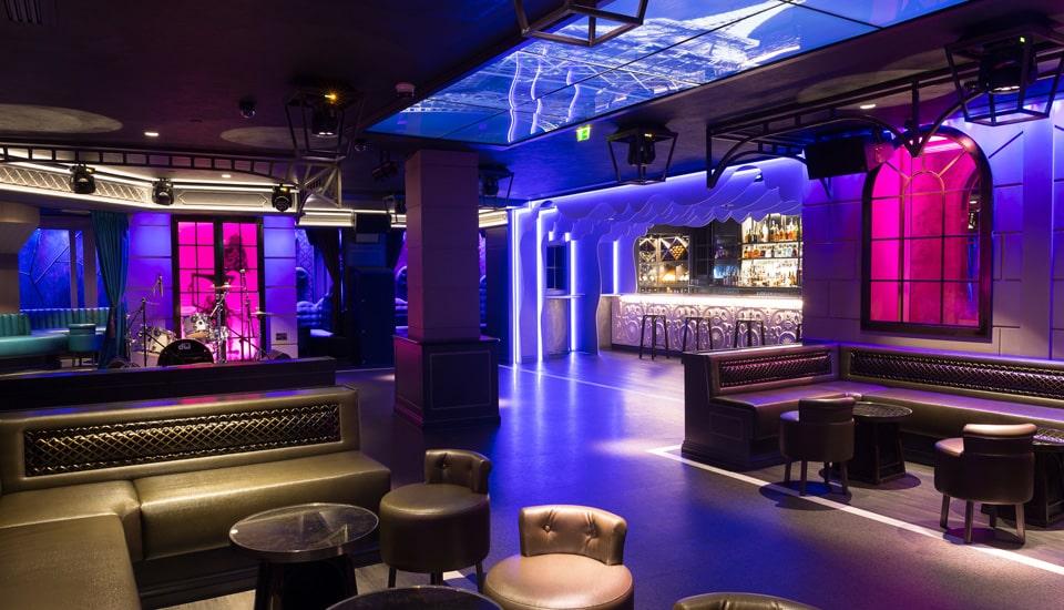 Sai lầm tiêu âm, cách âm quán bar, club, karaoke